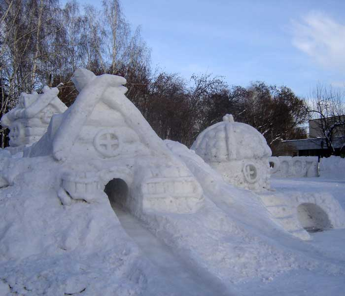 Домики из снега своими руками видео